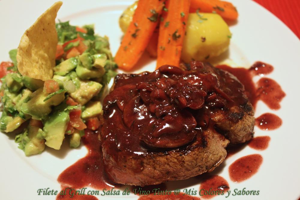Filetes al grill con salsa de vino tinto mis colores y - Filetes de carne en salsa ...