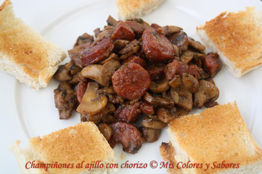 Champiñones al Ajillo con Chorizo